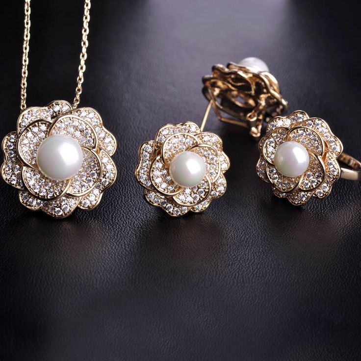 Blucome Upscale Zircon Rose Jewelry Sets Pendant Necklace& Earrings&Rings Women Simulated Pearl Gold CZ Rhodium Wedding Schmuck