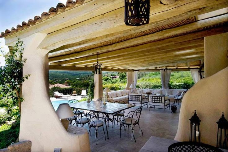 Villa in Italy  This Villa in Sardinia is called Alice. It stands on a promontory, which dominates the magnificent Bay of the Cala di Volpe and the Gulf of Pevero