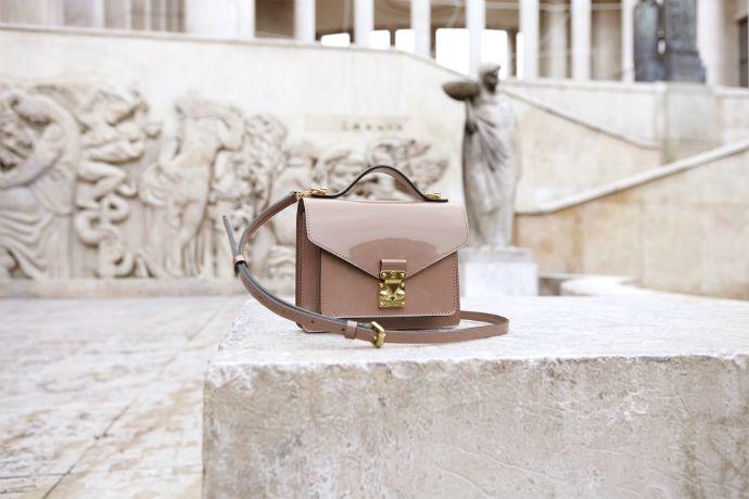 Реклама городской коллекции сумок Louis Vuitton (фото 7)