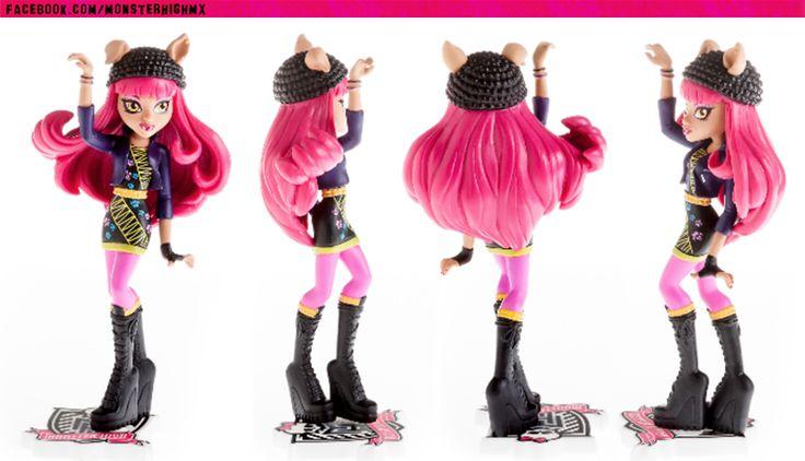 M: Monster High Monster Family