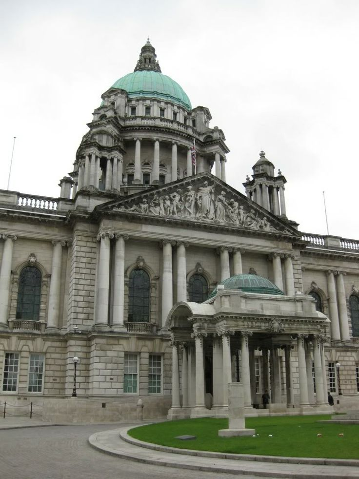 Co. Antrim-Belfast City Hall, Donegall Place.