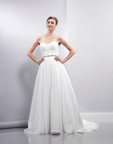 Lis Simon Wedding Dresses Photos on WeddingWire