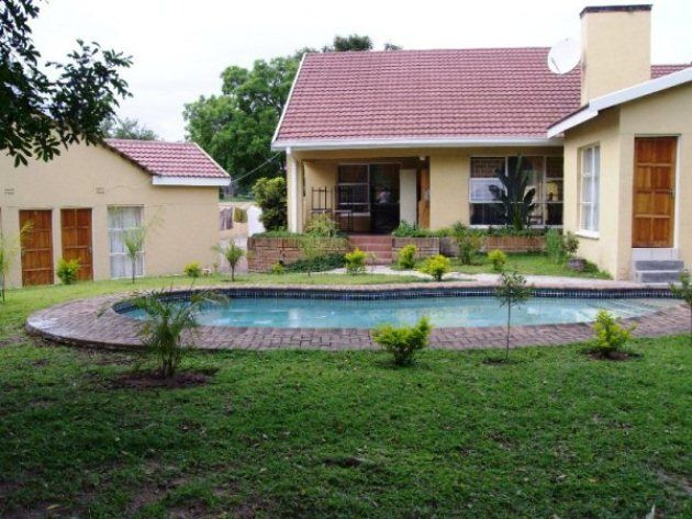 Ekhaya Nelspruit Guest House - This charming bed and breakfast is located in the heart of Nelspruit and offers a great base point for exploring the beautiful scenery of the area. The guest house features 10 bedrooms, of which six contain ... #weekendgetaways #nelspruit #southafrica