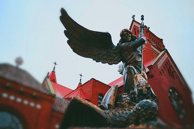 https://flic.kr/p/qpEz8p | Sculpture of Archangel Michael piercing serpent.Church of Saints Simon and Helen. Minsk. Belarus. | en.wikipedia.org/wiki/Church_of_Saints_Simon_and_Helena