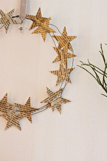 book page stars wire wreath