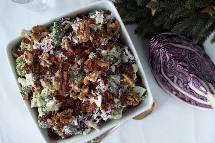 Brokkolisalat med rødkål og tranebær er super å setje på bordet når det er samling og koldtbord. Saman med spekemat og røykalaks gjer denne seg veldig godt, og er eit...  Fortsett å les »