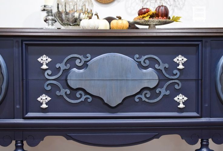 Best 25 navy blue furniture ideas on pinterest blue for Navy blue painted furniture
