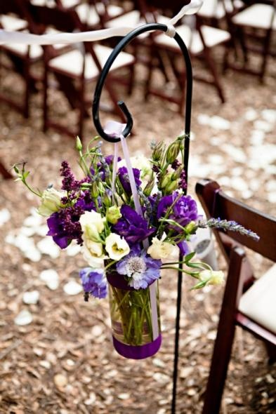 hang centerpiece from venue 2 on Sheppard hooks at venue 1