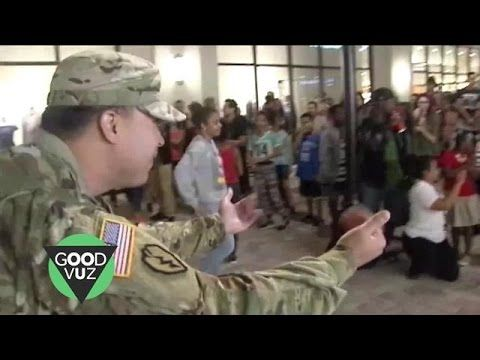 Surprise Military Homecoming During Flashmob