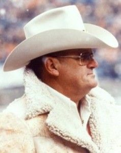 9/29/1923 ♥ Happy Birthday Bum Phillips! Remembered most by me as the Houston Oilers football coach :-D