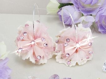 Cercei handmade fundite placati cu aur alb 18k cu cristale roz