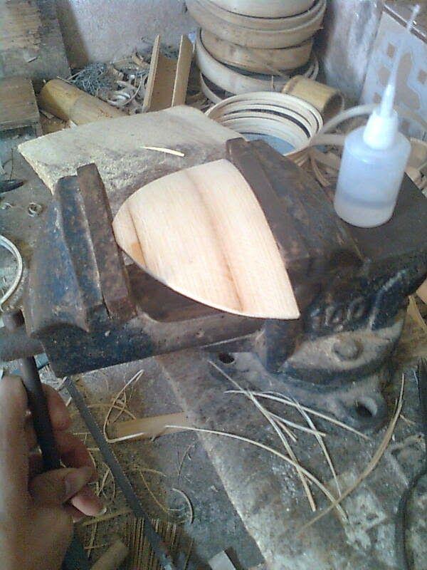 Ini step by step gambar cara membuat sangkar burung mentahan yang berujung pada keindahan dan pasar yang terbentuk .....
