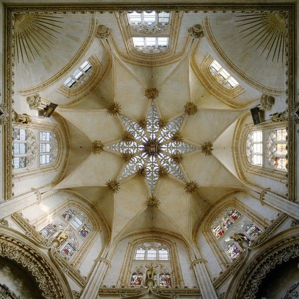 Dome of Constables' Chapel in Burgos Cathedral, Spain. Photo by David Stephenson, 1997