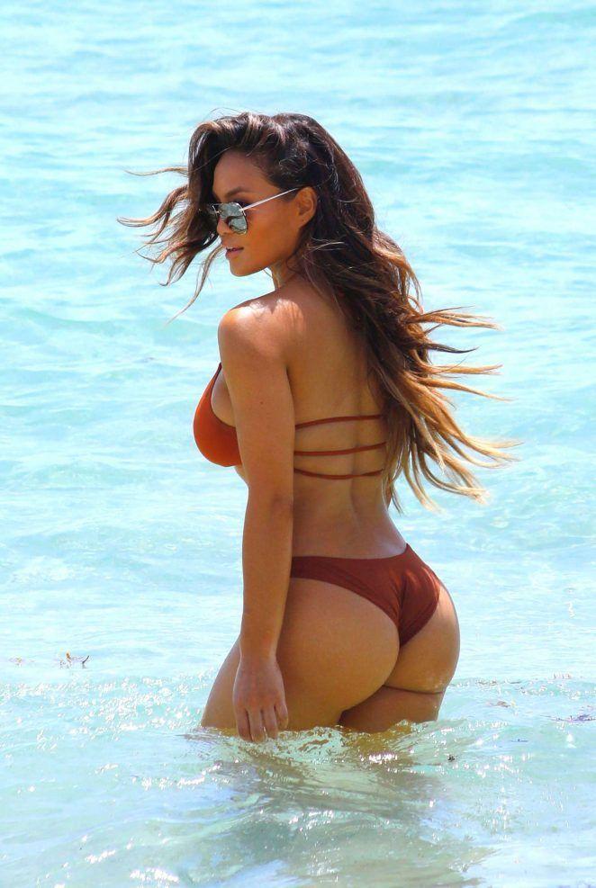 Tessa Thompson Hot  Hot Pictures Of Tessa Thompson -3691