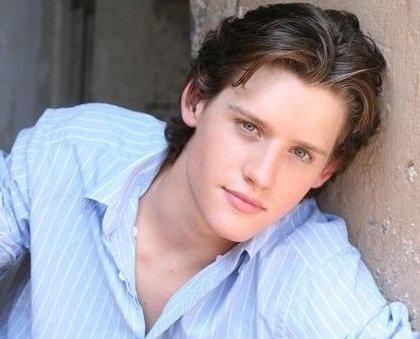 Luke Kleintank- Finn Abernathy from Bones