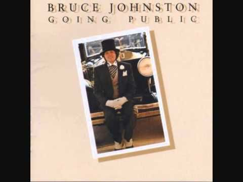 Bruce Johnston - I Write The Songs. Bruce Johnston, a member of the BEACH BOYS, wrote this song which Barry Manilow chose for his theme song!! Here, Bruce sings it!!