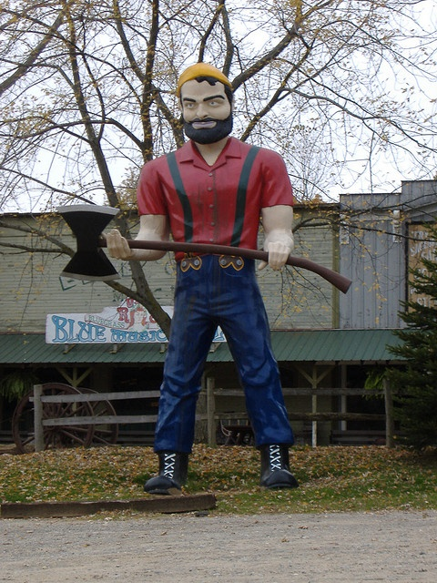 Paul Bunyan statue at Stagecoach Stop Amusement Park in the Irish Hills at Onsted, Michigan, 2006