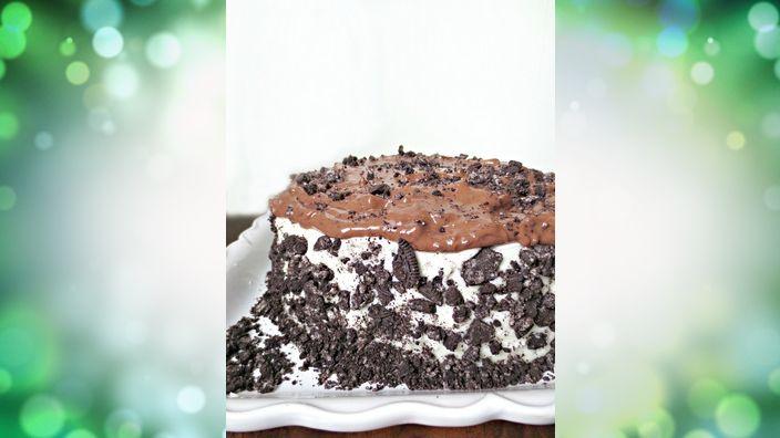 Forbidden Oreo Pudding Cake