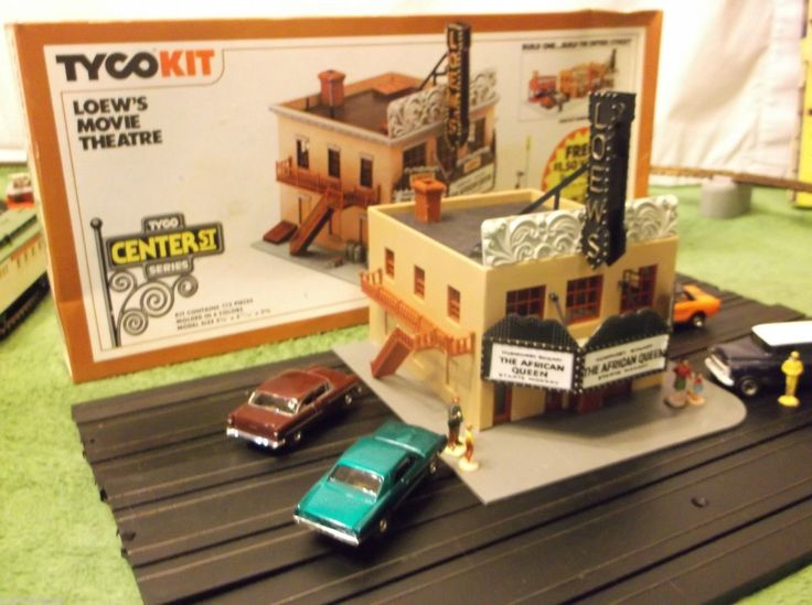 Lighted Mint Tyco Loews Movie Theatre Building for HO Train Slot Track Race Sets   eBay
