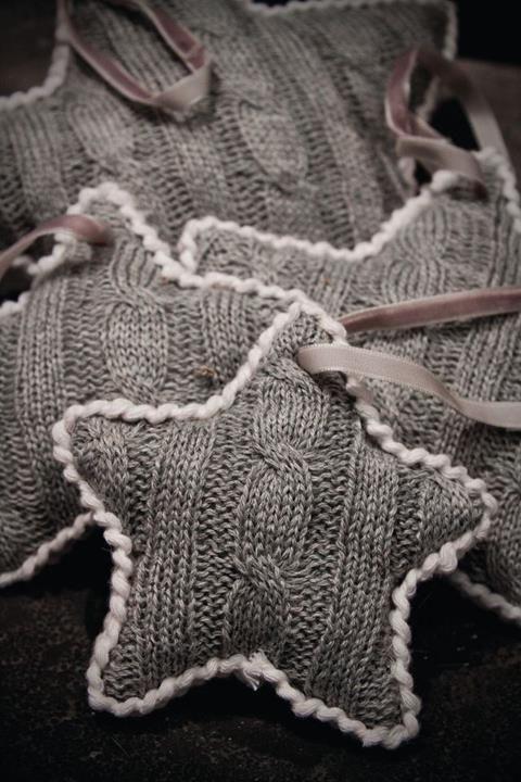 re-purposed-sweater-ornaments