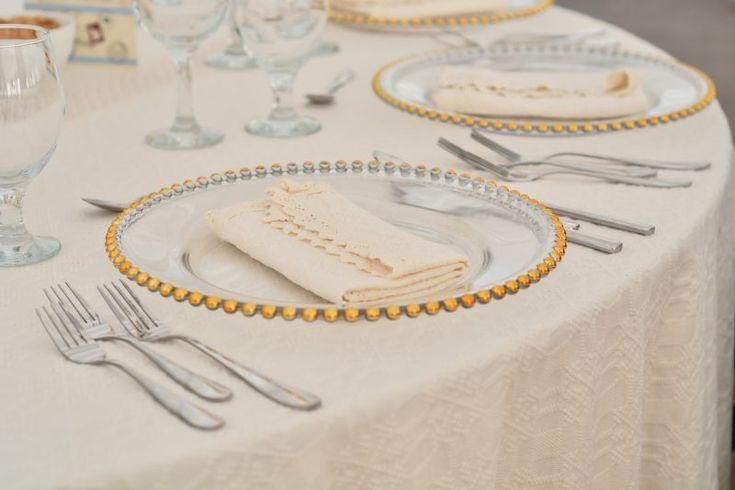 Barn-wedding-Yes-Events-plates
