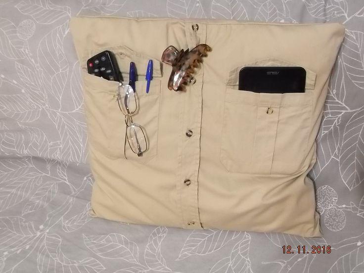 μαξιλάρι από πουκάμισο ,λεπτομέρειες θα βρείτε στο www.o-la-lart.blogspot.gr