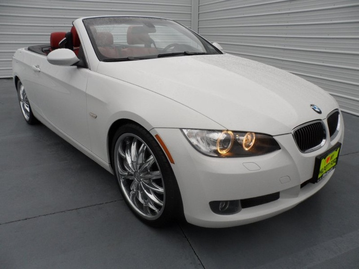 Preowned 2008 BMW 328i Convertible. This car is absolutely
