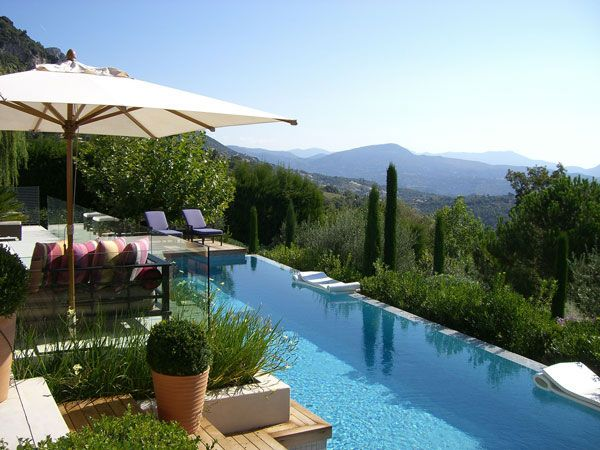 Luxury Fitness Retreat in the French Riviera May 2018. This will be EPIC. Space limited!
