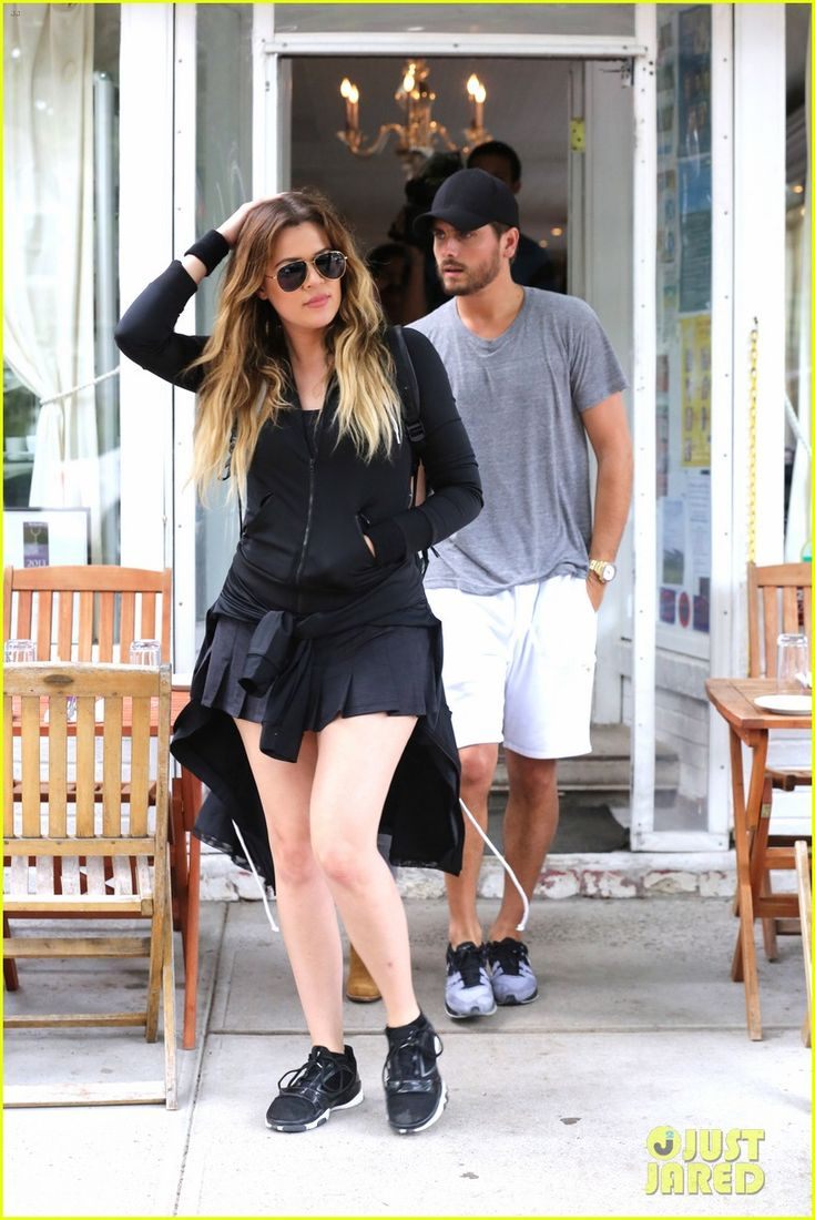 scott dating khloe Khloe kardashian and boyfriend french montana went on a double date with sister kourtney kardashian and scott disick in the hamptons on june 12.