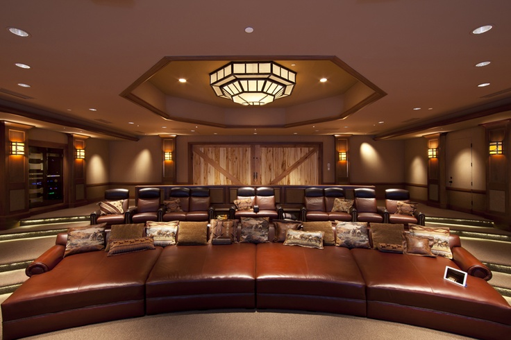 """Hightech home theater gets a touch """"rustic"""" with classic"""