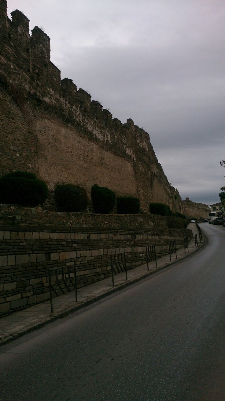 Thessaloniki, location Ano Poli. The castle.