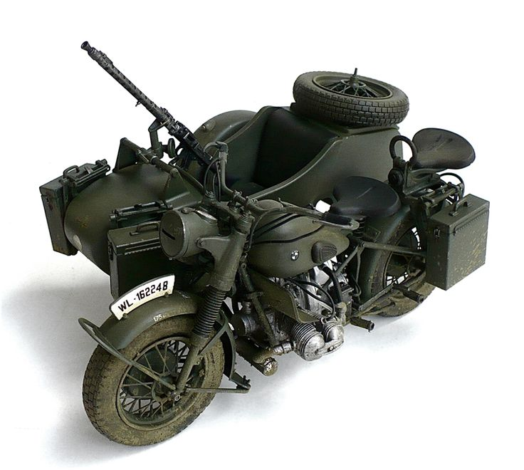 The Great Canadian Model Builders Web Page!: BMW R75 With Sidecar