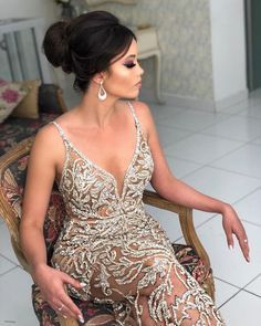 20 vestidos para usar no  baile de formatura: fotos, modelos e tendências para formandas 2019, confira!