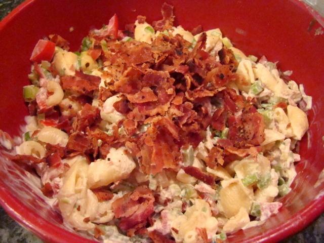 Krista's Kitchen: BLT Macaroni Salad | Favorite Recipes | Pinterest