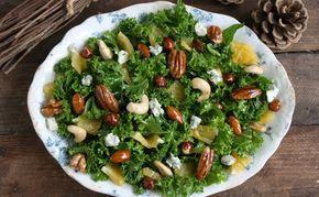 Grønkålssalat med honningglaserede nødder