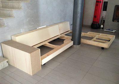 Realizzazione di un divano su disegno e su misura costruito artigianalmente e totalmente personalizzato nella scelta delle dimensioni. http://www.tinomariani.it/divani_su_misura.html