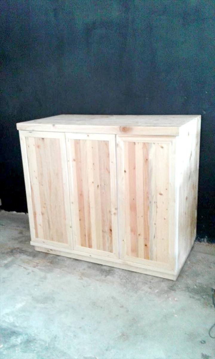 Diy pallet sofa with table 99 pallets - Diy Pallet Storage Cabinet