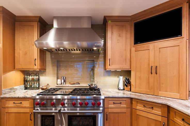 186 best images about cookin 39 kitchens on pinterest for Butternut kitchen cabinets