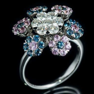 Кольцо с бриллиантами и сапфирами YK-R1049-250SP