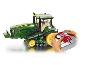 The 1/32 John Deere 8430T RC Tractor from the Siku 1/32 RC Tractor range - Discounts on all Siku Diecast Models at Wonderland Models.    One of our favourite models in the Siku 1/32 RC Tractors range is the Siku John Deere 8430T RC Tractor.