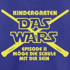 Besonders cooles T-Shirt zum Kindergarten-Abschied. Tolles Geschenk zu Einschulung und Schulanfang. T-Shirt-Form und Farben selbst wählen auf: http://ersteklasse.org/geschenke-zur-einschulung/