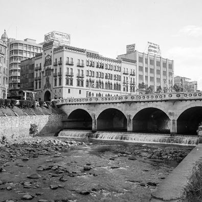 Erik  Bongue. Cali VIEJO - Memoria fotográfica. Puente Ortiz, 1955 Fotografía: Nils Bongue