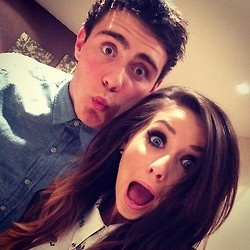 Zoella and Alfie, seriously. get together or stop taking pictures like this...
