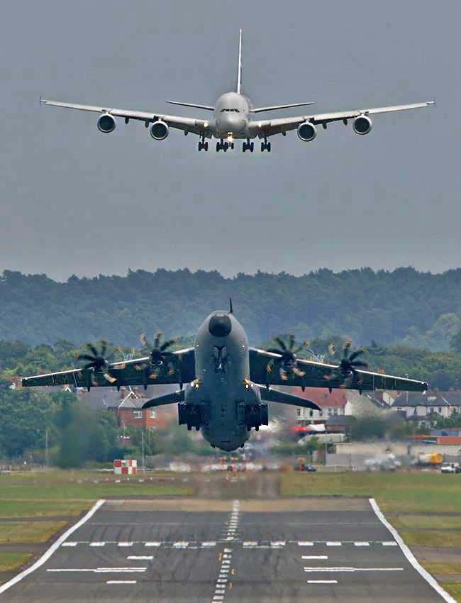"""myverycrazyblog: """"take off and landing """" Airbus A400M ..."""
