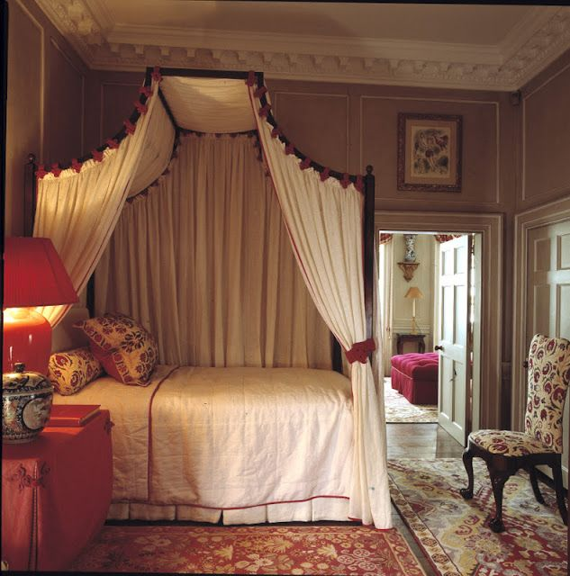 Designer John Stefanidis - a London guest bedroom in an 18th century house--adore this! 12/9/12