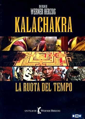 DOCUMENTARIO - DURATA 81' - GERMANIA La località indiana di Bodh Gaya, ai confini con il Tibet, è la sede di una cerimonia iniziatica al Buddhismo, celebrata alla presenza del Dalai Lama e affollata da centinaia di migliaia di fedeli. Durante la liturgia (della durata di sei settimane), viene composto un gigantesco ed elaboratissimo mandala, un dipinto sacro fatto di sabbia colorata, la cui successiva distruzione sta a simboleggiare l'