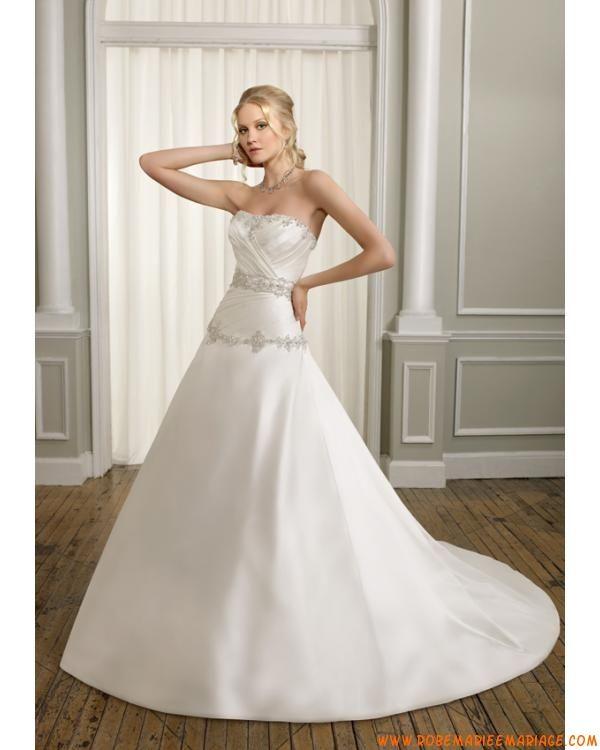 Robe A-line bustier pas cher 2012 avec traîne robe de mariée satin