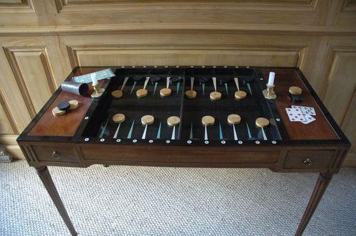 Table de jeu tric-trac d'époque Louis XVI