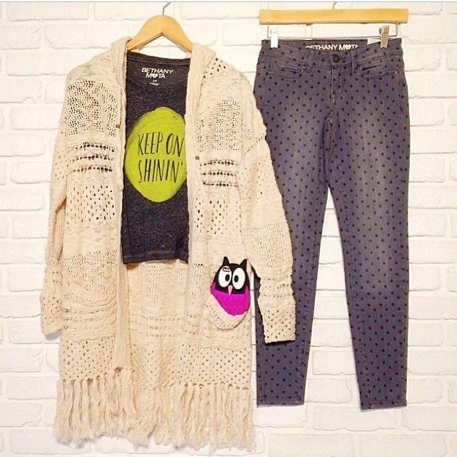 .@Bethany Shoda Mota | Knit cardi, comfy tee, polka dot jeans, and an owl phone case I hope u are a... | Webstagram