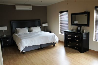 Main bedroomDouble and Walk-in-robe